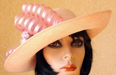 Pink Straw Hat Carmen