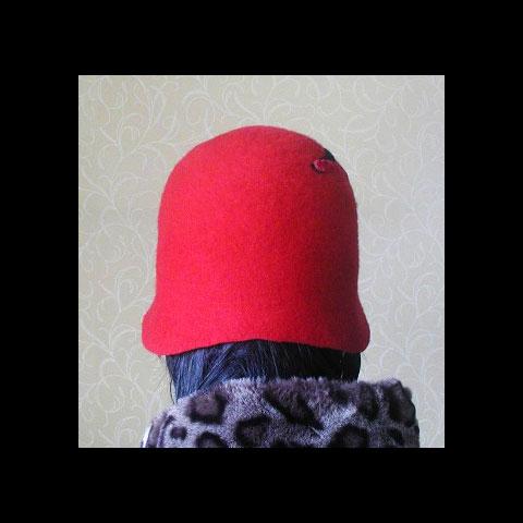 Red & black felt hat back