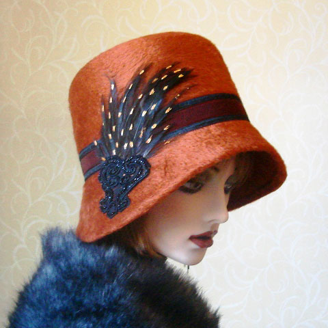Terracotta felt hat