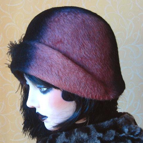 Two tone felt hat side