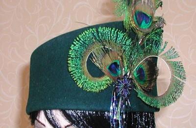 Green toque hat
