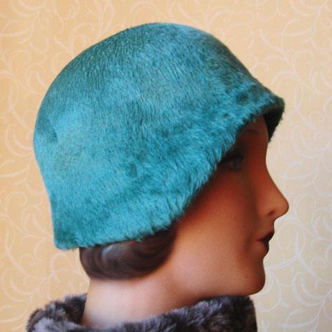 Green cloche hat side