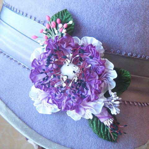 Lilac felt hat detail
