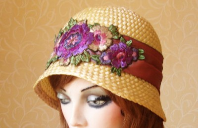 Cream straw cloche