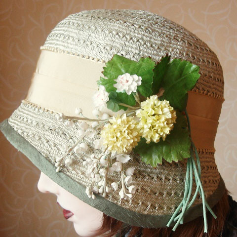 Light green straw hat detail
