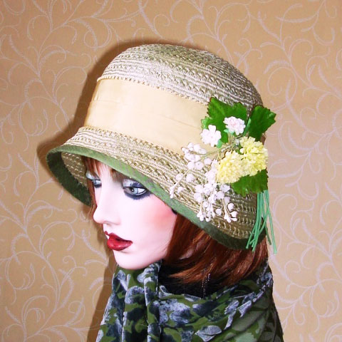 Light green straw hat