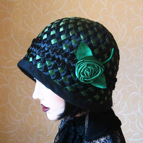 Emerald green straw hat detail