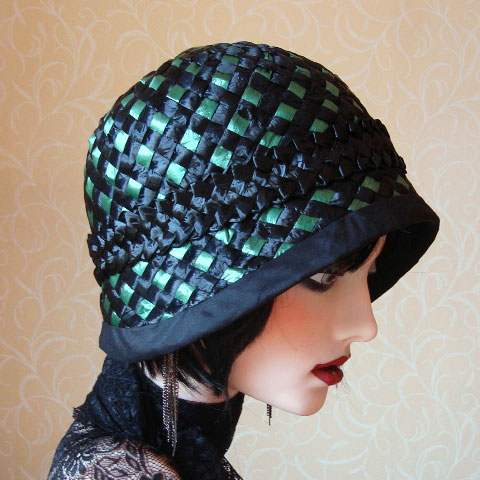Emerald green straw hat side
