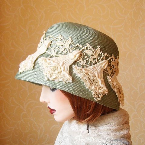 Pale green straw hat side